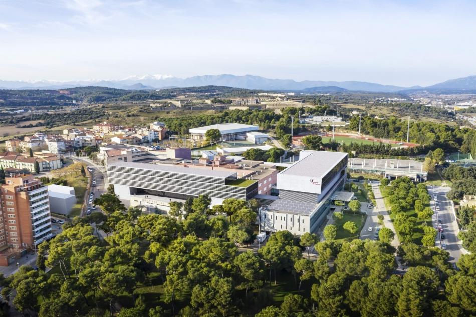 Fotomuntatge de com quedaria l'Hospital de Figueres, el CSS Bernat Jaume i el futur centre de recerca